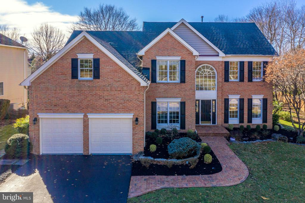 12815  SHADOW OAK LANE, Fairfax, Virginia