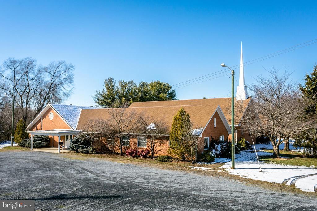 25 Maryland Avenue, Harrisonburg, VA 22801