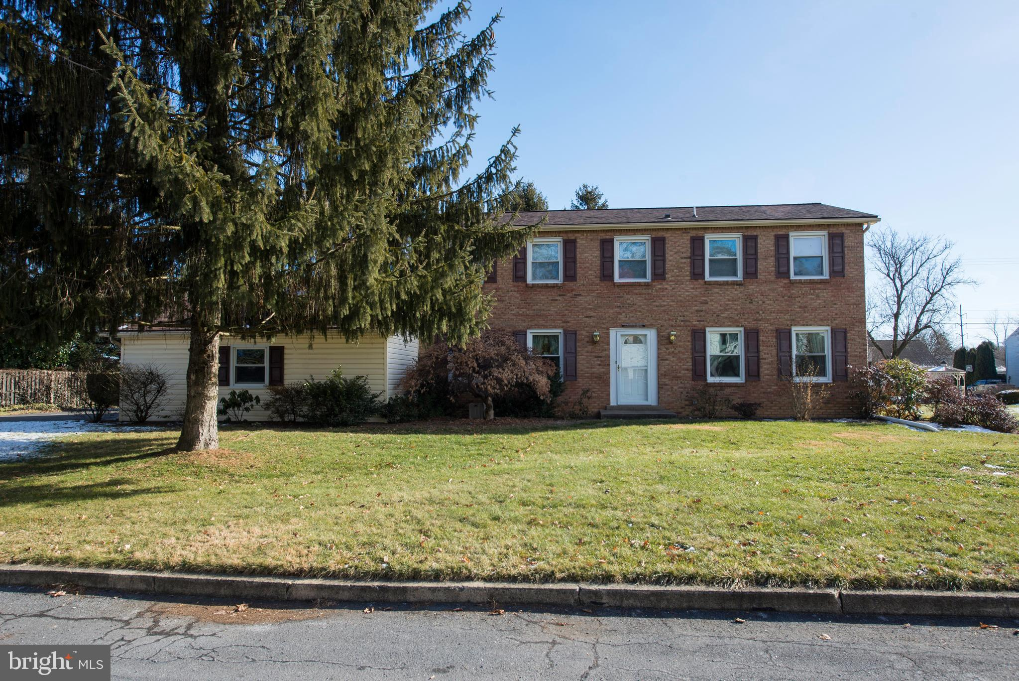 1230 CLEARVIEW CIRCLE, ALLENTOWN, PA 18103
