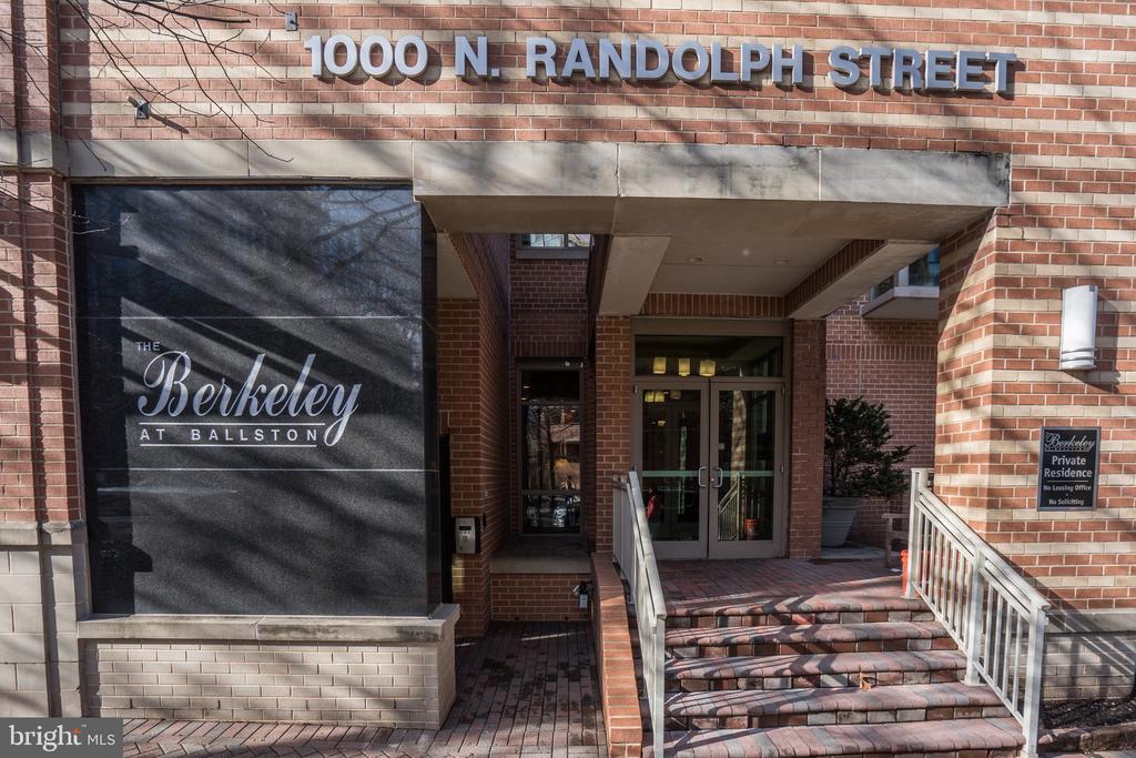 Photo of 1000 N Randolph St #607