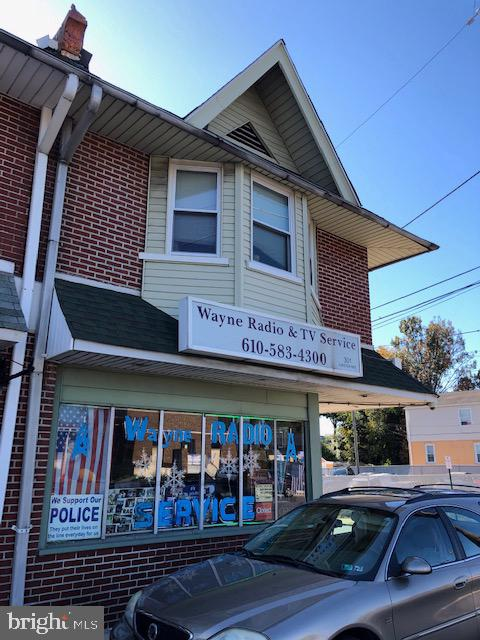 301 N CHESTER PIKE, GLENOLDEN, PA 19036