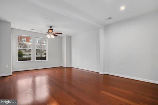 2655 Prosperity Ave #127, Fairfax 22031