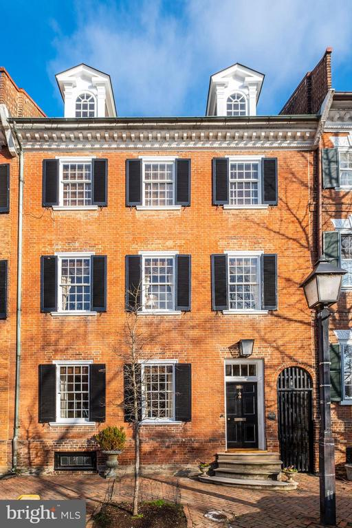 211  PRINCE STREET, one of homes for sale in Alexandria