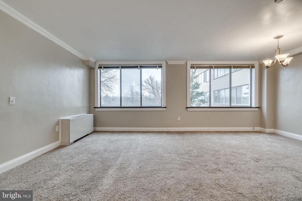 Photo of 6631 Wakefield Dr #406