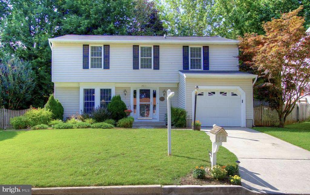 Large 4bedrooms, 2.5 baths. On a quiet street, in Perry Hall! A chefs kitchen, stainless steel app. Granite counter tops, Breakfast bar. Lots of storage, oversize one car garage! Crown molding, lots of updates. Elegant landscaped back yard. Come see this beauty!
