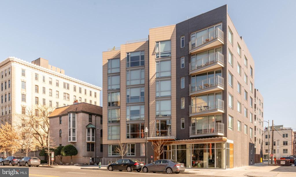 Luxury 1 Bedroom, 1 Bathroom condo in the heart of Logan Circle!  This unit features wide plank hardwood floors, bright open floorplan, stainless steal Bosch appliances, gas cooking, custom closet, glass shower, Nest thermostat, and large private storage space.  Building includes a beautiful rooftop terrace with great views of the city, two elevators, and a bike storage room.  Gas, water, & trash included in condo fee.  Pets allowed with number restriction.  Incredible location with easy access to bars, restaurants, shopping, and nightlife!