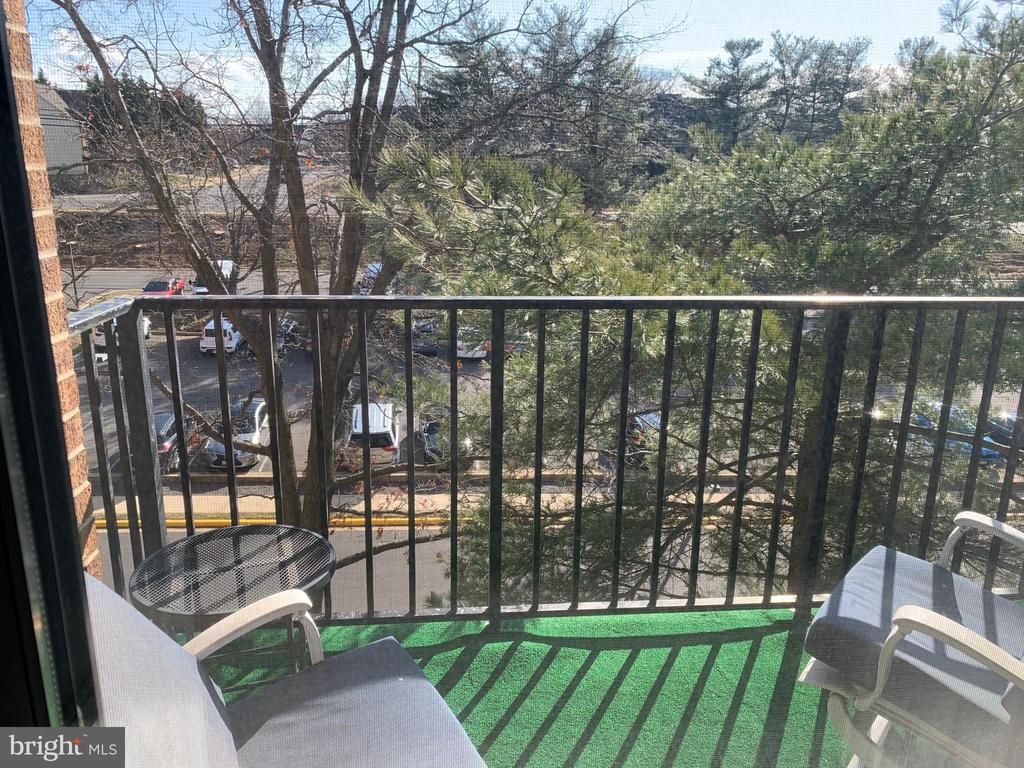 Photo of 2311 Pimmit Dr #515