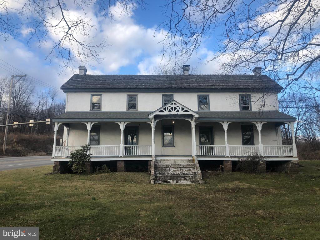 Former office building with 5 separate office rooms and 2 community spaces on 2 floors. Full kitchen on first floor and full bath on second floor. New carpet and fresh paint throughout most of the building.  Major Chester County Intersection.  Adequate Off-Street Parking.