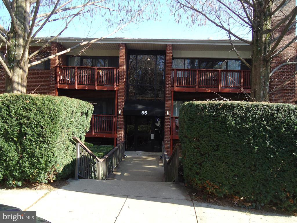 Photo of 55 Skyhill Rd #303