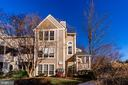 7604 Willow Point Dr