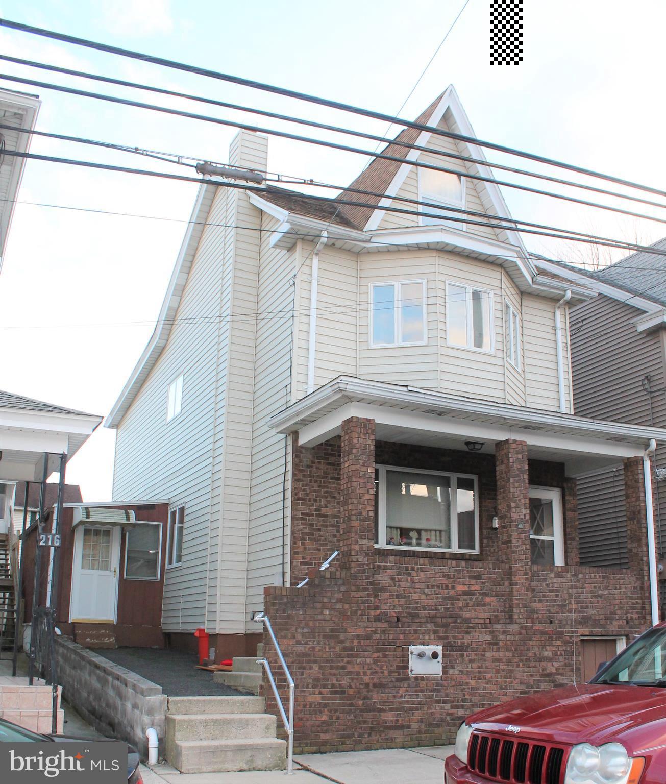 220 W PHILLIPS STREET, COALDALE, PA 18218