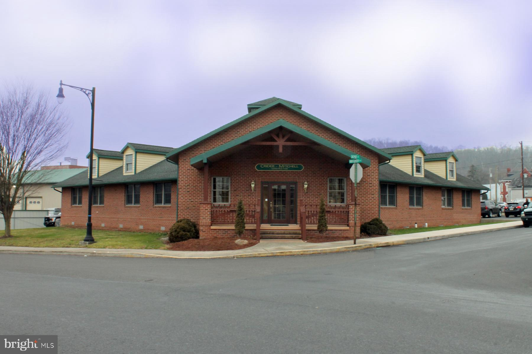 20 Depot Street, Lewistown, PA 17044