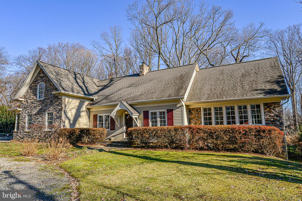 3523  MORNINGSIDE DRIVE, one of homes for sale in Fairfax