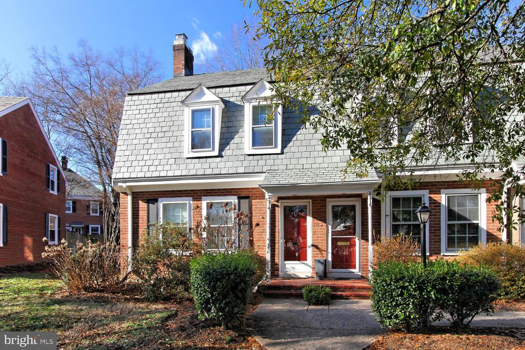 4314 S 36th St S, Arlington, VA 22206