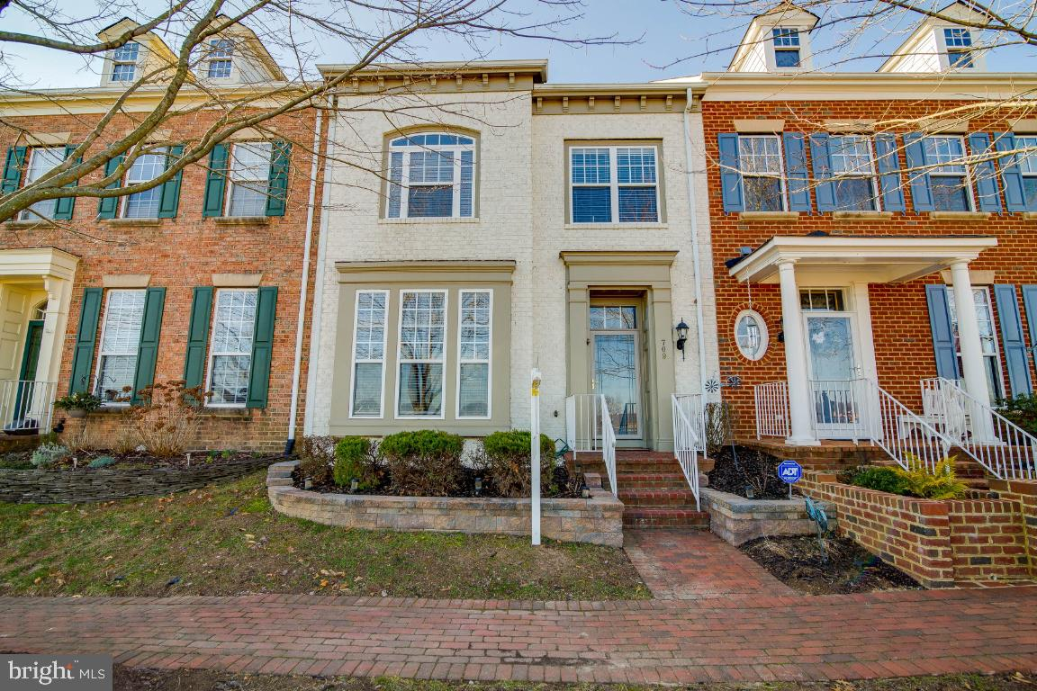 709 HARBOR SIDE STREET, WOODBRIDGE, VA 22191
