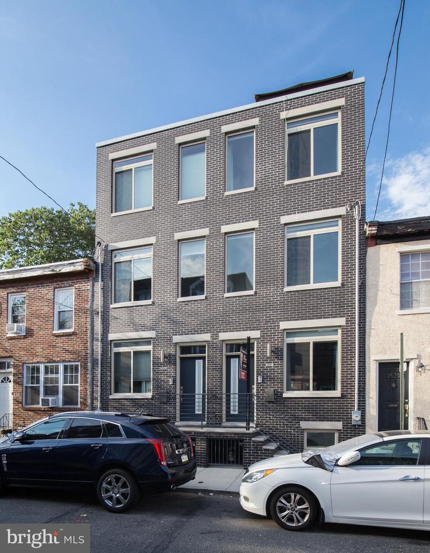 1527 Montrose Street Philadelphia, PA 19146