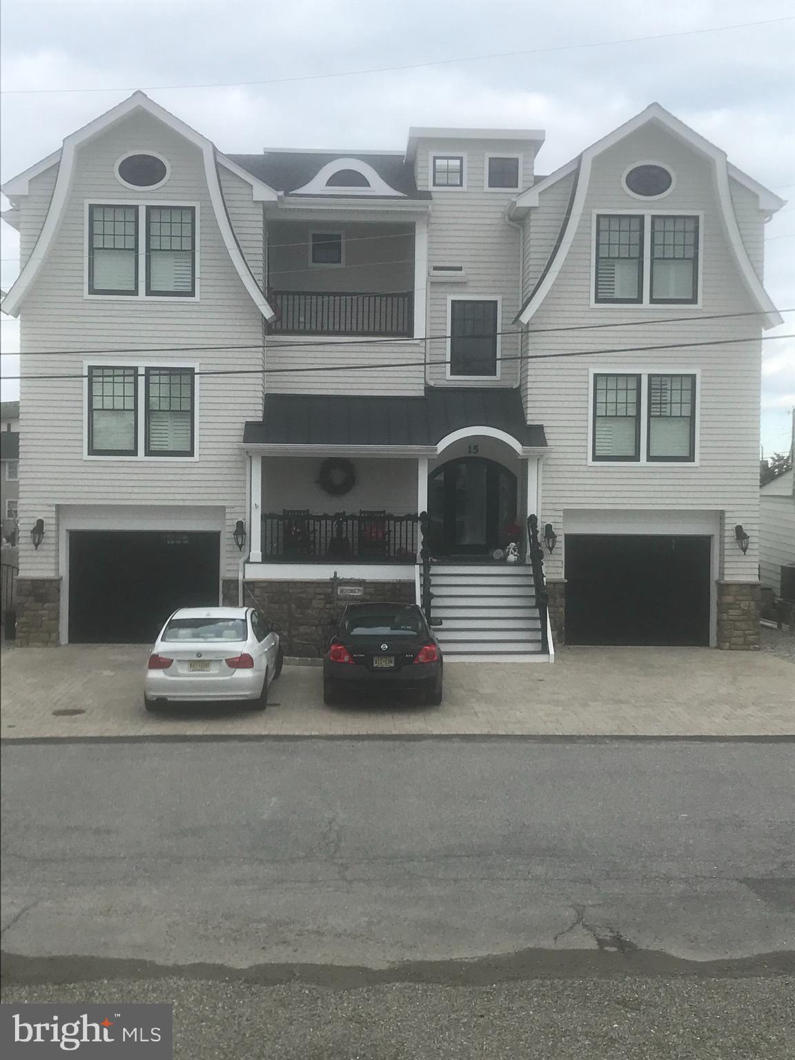 15 Susan Lane, Manahawkin, NJ 08050