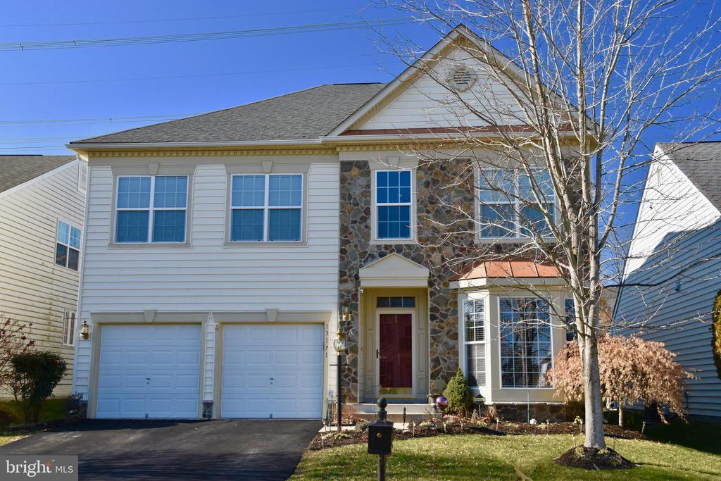 Beautiful, Model-Like home loaded with upgrades throughout and backing to common area. One of the largest homes in Dunbarton. Main level owner's suite with three more bedrooms upstairs along with a loft. Renovated bathrooms. Professionally landscaped with 2 patios and a gazebo. Hardwood floors on the main level. Tile kitchen floor with a back splash and granite counter tops. The yard is also equipped with an irrigation system. The attic access has a pull down ladder. A NEW air conditioning system has been recently installed. High speed internet and cable is included in the amenity rich Dunbarton active adult community. This home is immaculate and a MUST SEE!