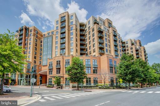 2720 S Arlington Mill Dr #905, Arlington, VA 22206