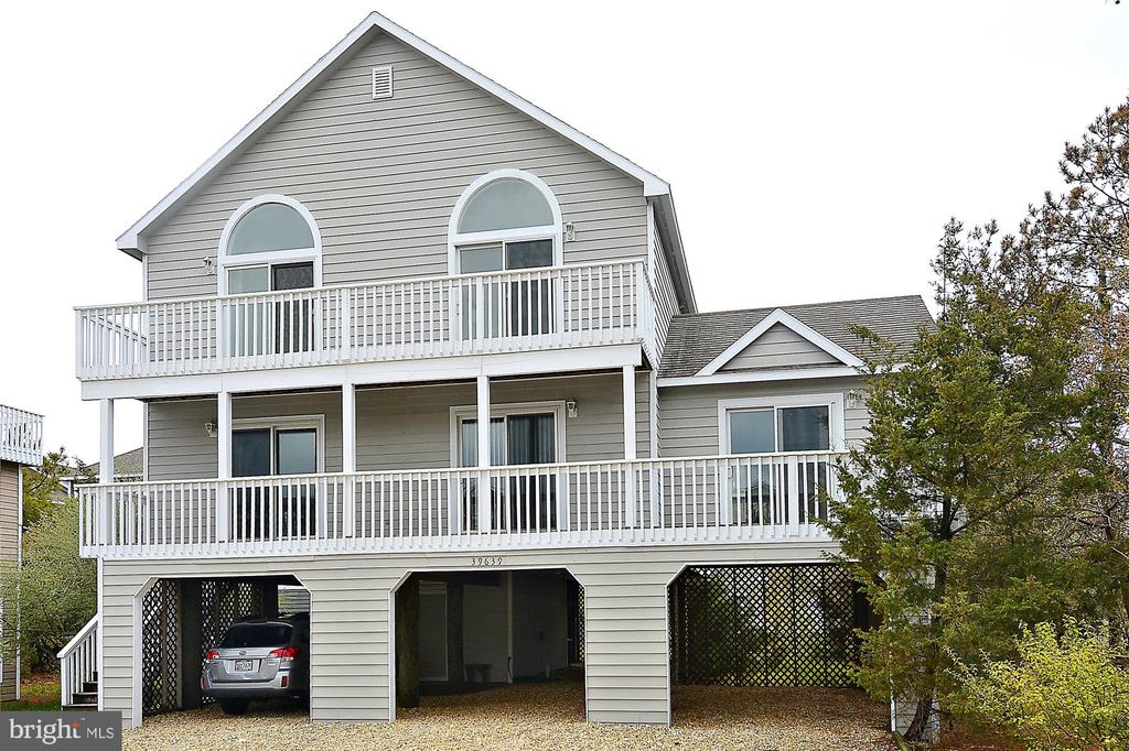 39639  SEATROUT CIRCLE, Bethany Beach in SUSSEX County, DE 19930 Home for Sale