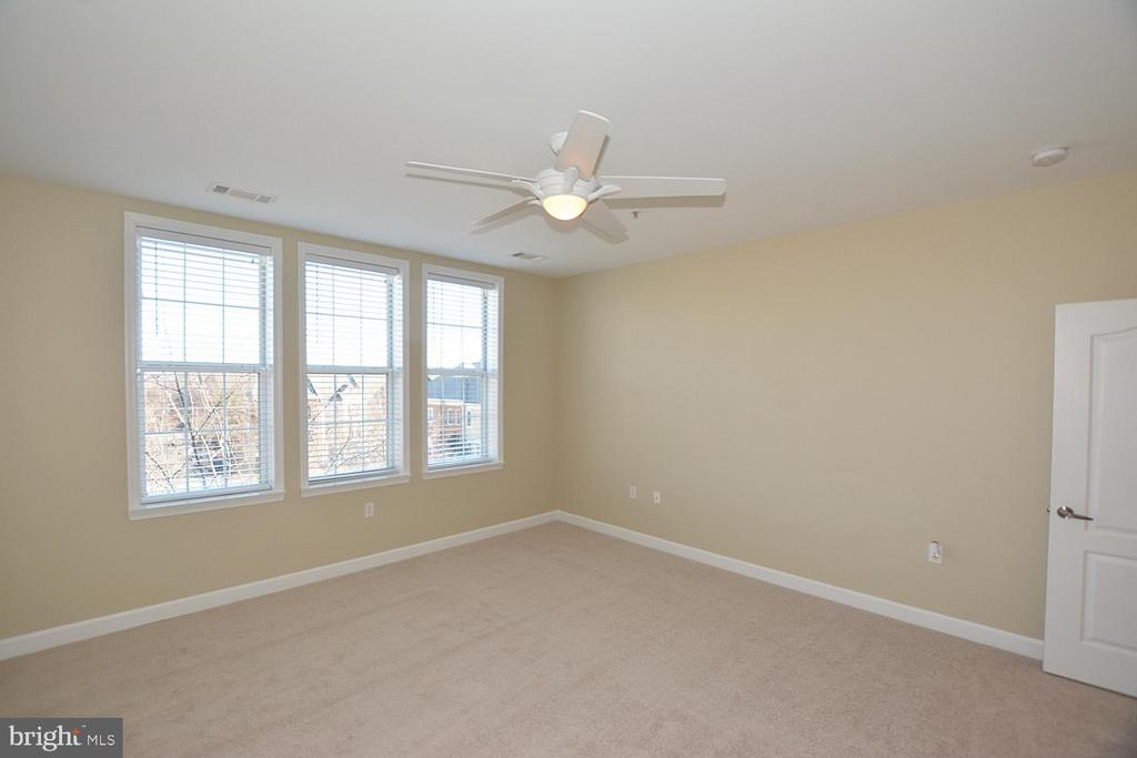 Photo of 400 Cameron Station Blvd #318