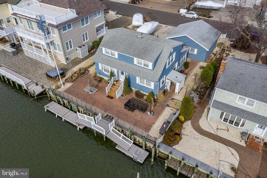 16 W DUNE LANE, Long Beach Island in OCEAN County, NJ 08008 Home for Sale