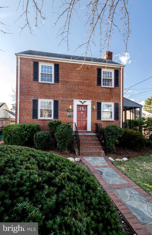 640 N ILLINOIS STREET, Arlington, Virginia