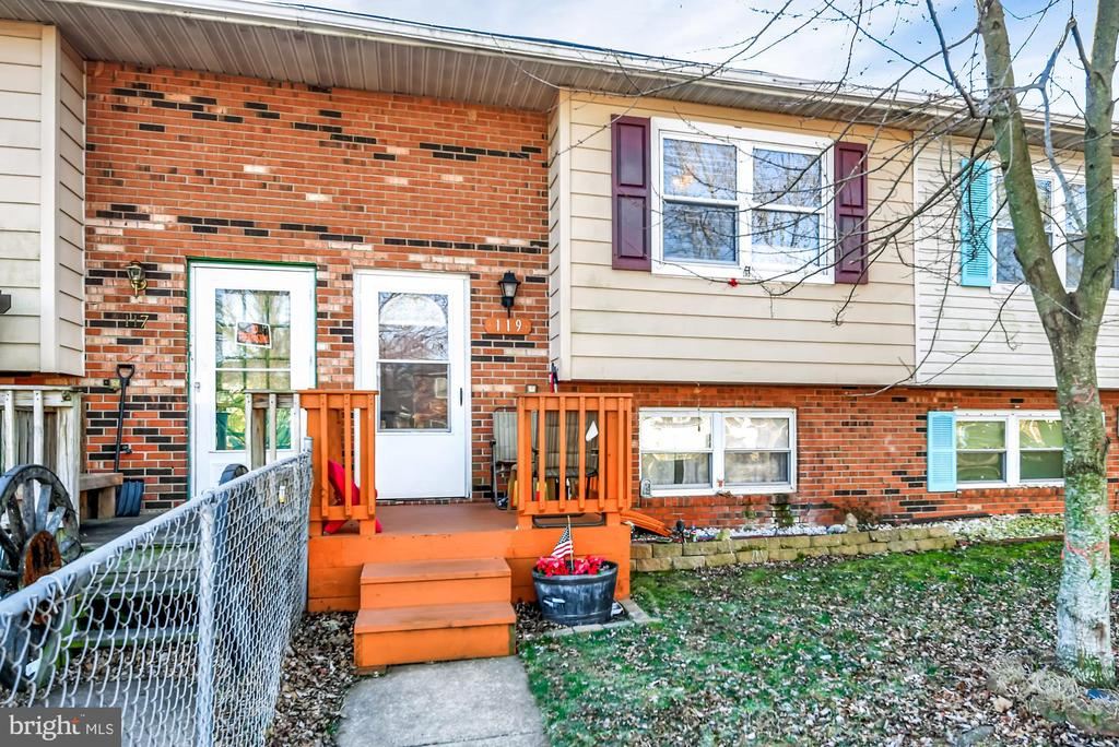 119 CARNIVAL DRIVE, TANEYTOWN, Maryland 21787, 3 Bedrooms Bedrooms, ,1 BathroomBathrooms,Residential,For Sale,CARNIVAL,MDCR194166