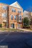 45 Arell Ct