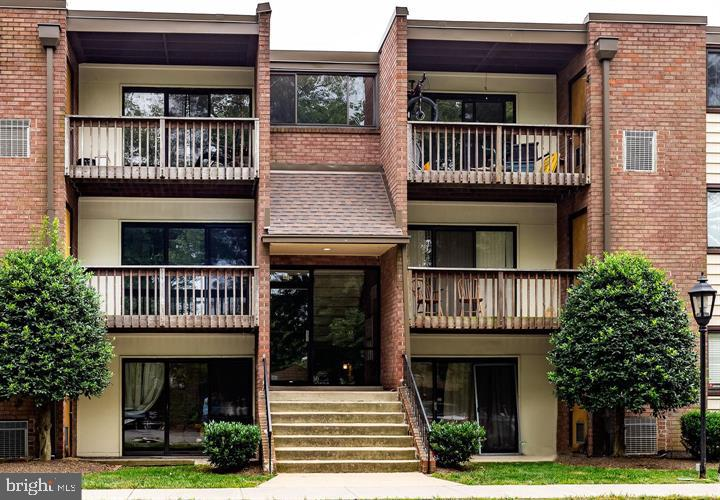 Photo of 10723 West Dr #301