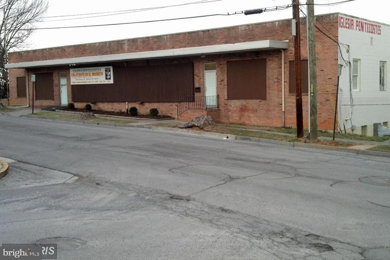 1328-1470 COMMERCE STREET, WINCHESTER, VA 22601
