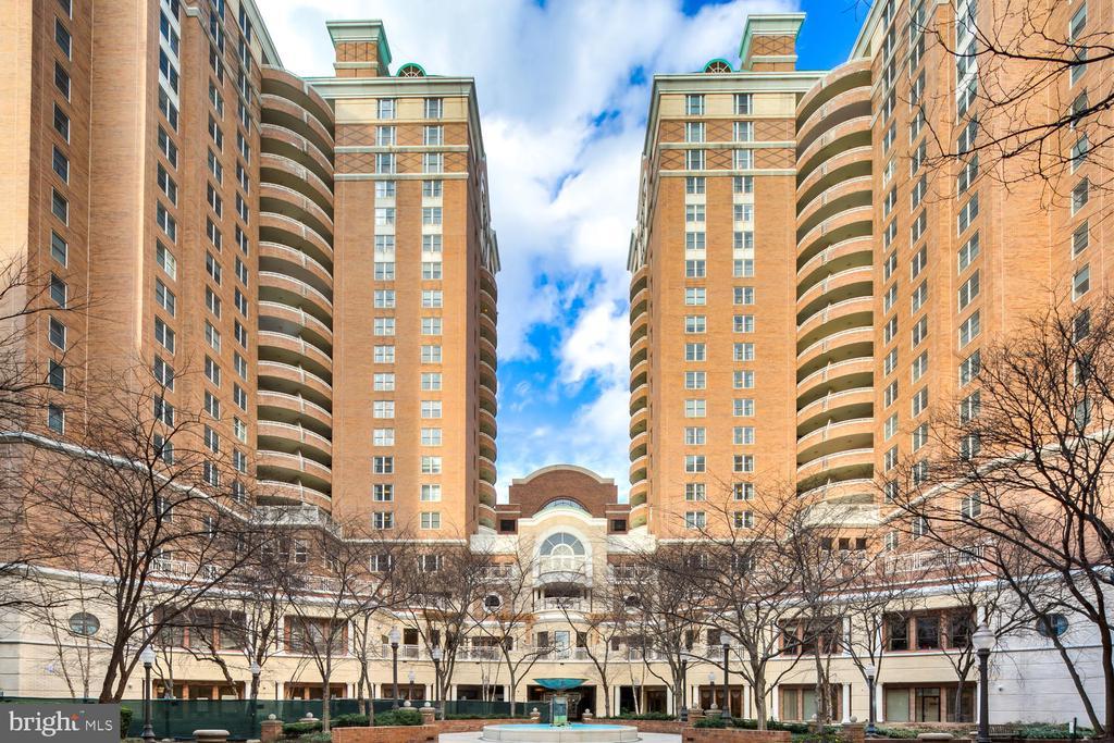 900 N TAYLOR STREET  724, Arlington, Virginia