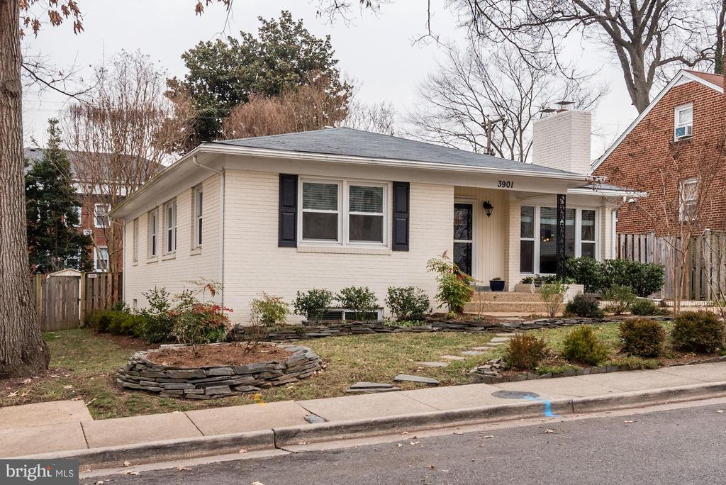 3901  ELBERT AVENUE, Alexandria, Virginia