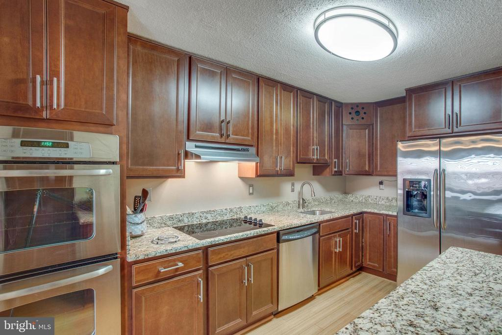 Alexandria Homes for Sale -  Gated,  307  YOAKUM PARKWAY  1407
