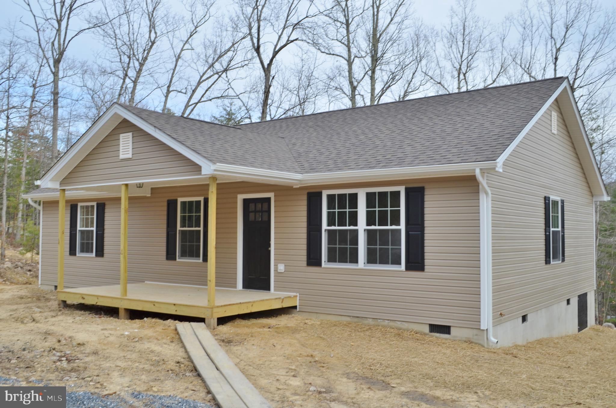 527 BUCK RUN LANE, FORT VALLEY, VA 22652