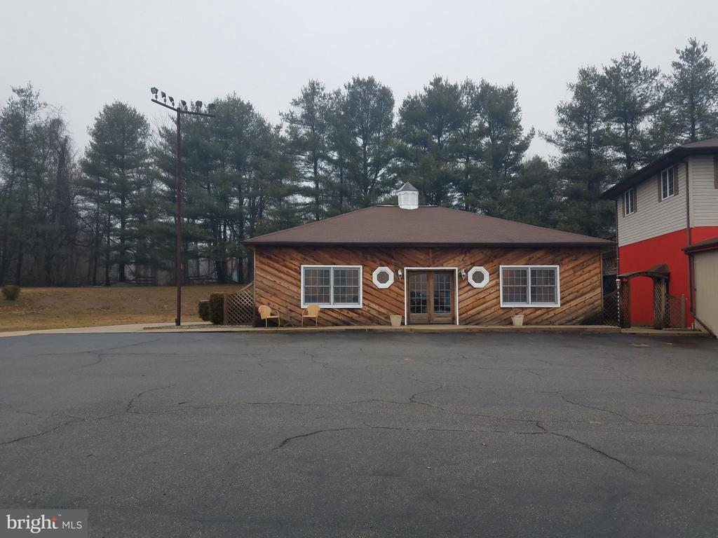 5235 PULASKI HIGHWAY, PERRYVILLE, CECIL Maryland 21903, ,Commercial Lease,For Rent,PULASKI HIGHWAY,1,MDCC167740