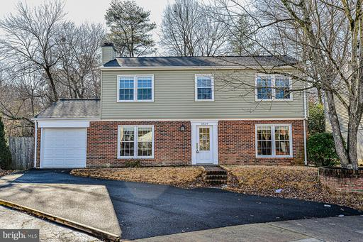 6829 Kite Flyer Ct
