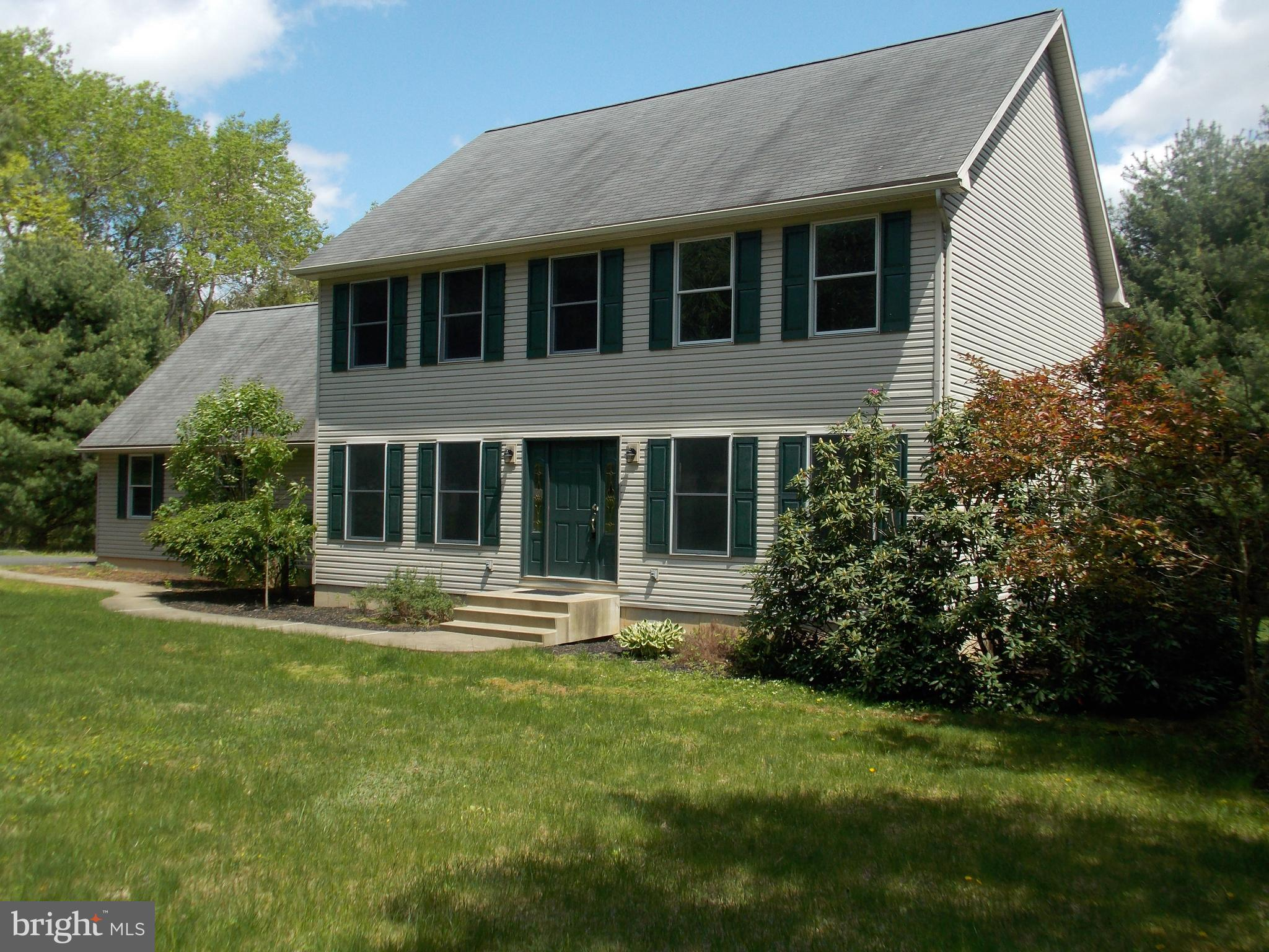 130 GOLF VIEW DRIVE, KUNKLETOWN, PA 18058