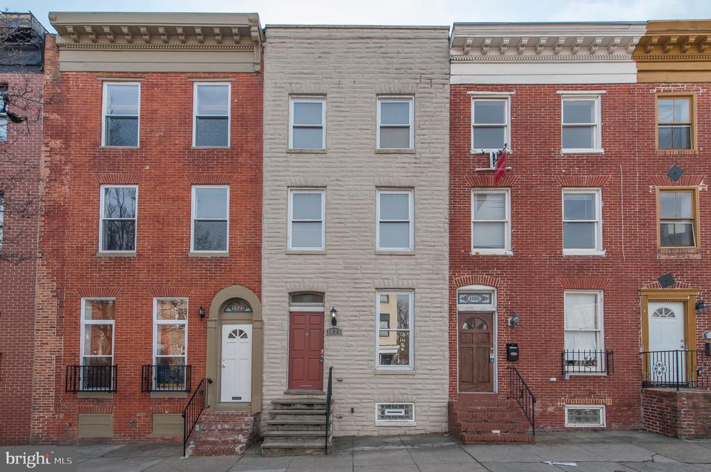 1523 W Pratt St, Baltimore, MD  21223