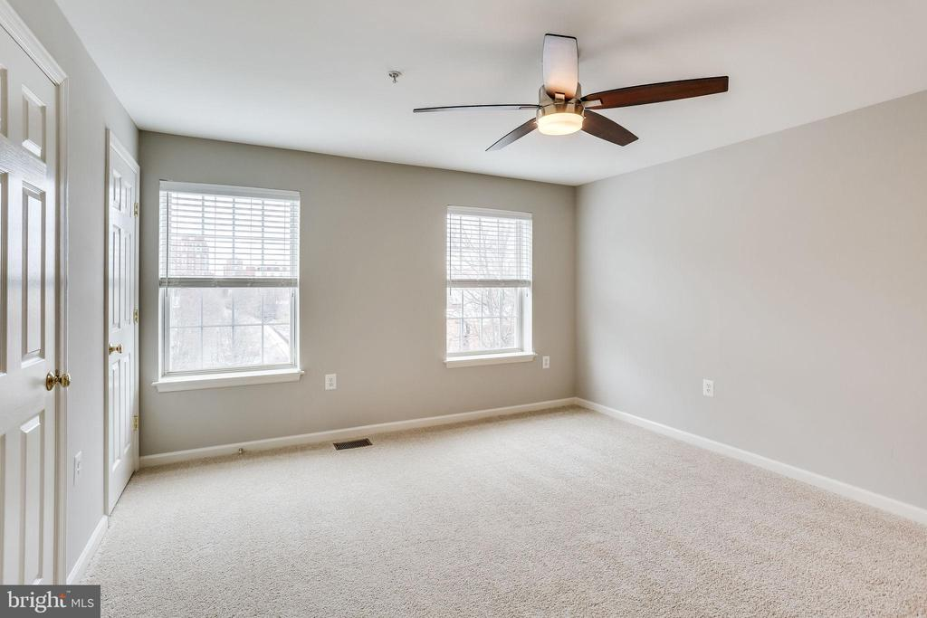 Photo of 330 S West St #305