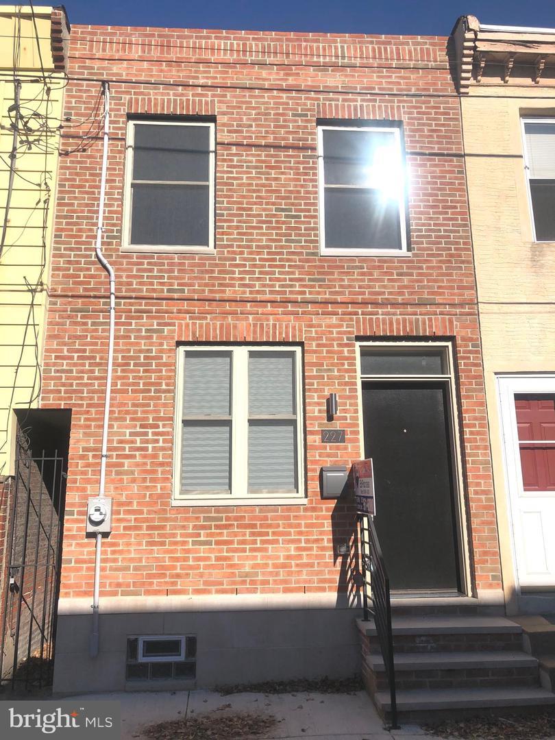 227 Pierce Street Philadelphia, PA 19148