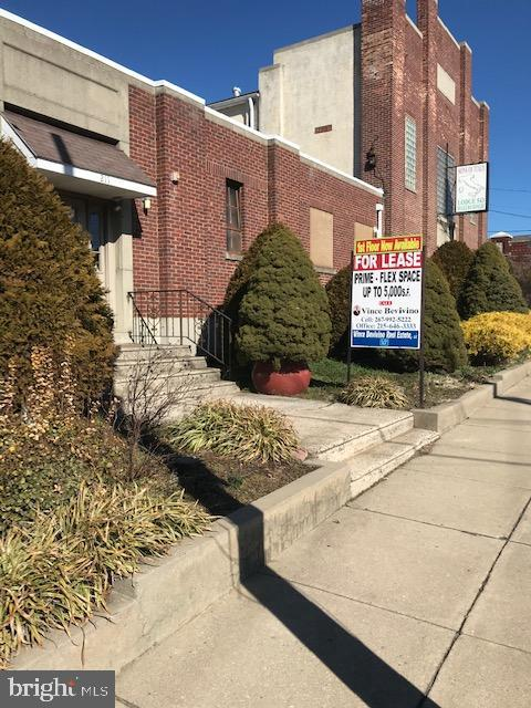 Photo of 211 W BUTLER AVE #2, AMBLER, PA 19002