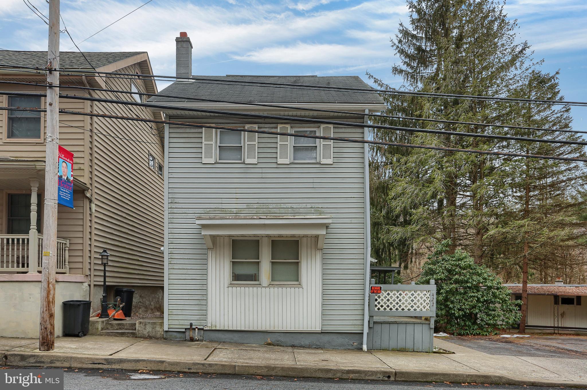 422 E MARKET STREET, WILLIAMSTOWN, PA 17098