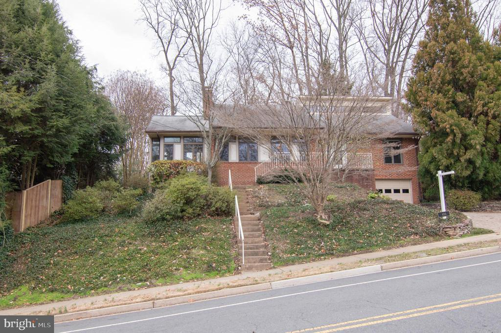 4315  31ST STREET N, Arlington, Virginia