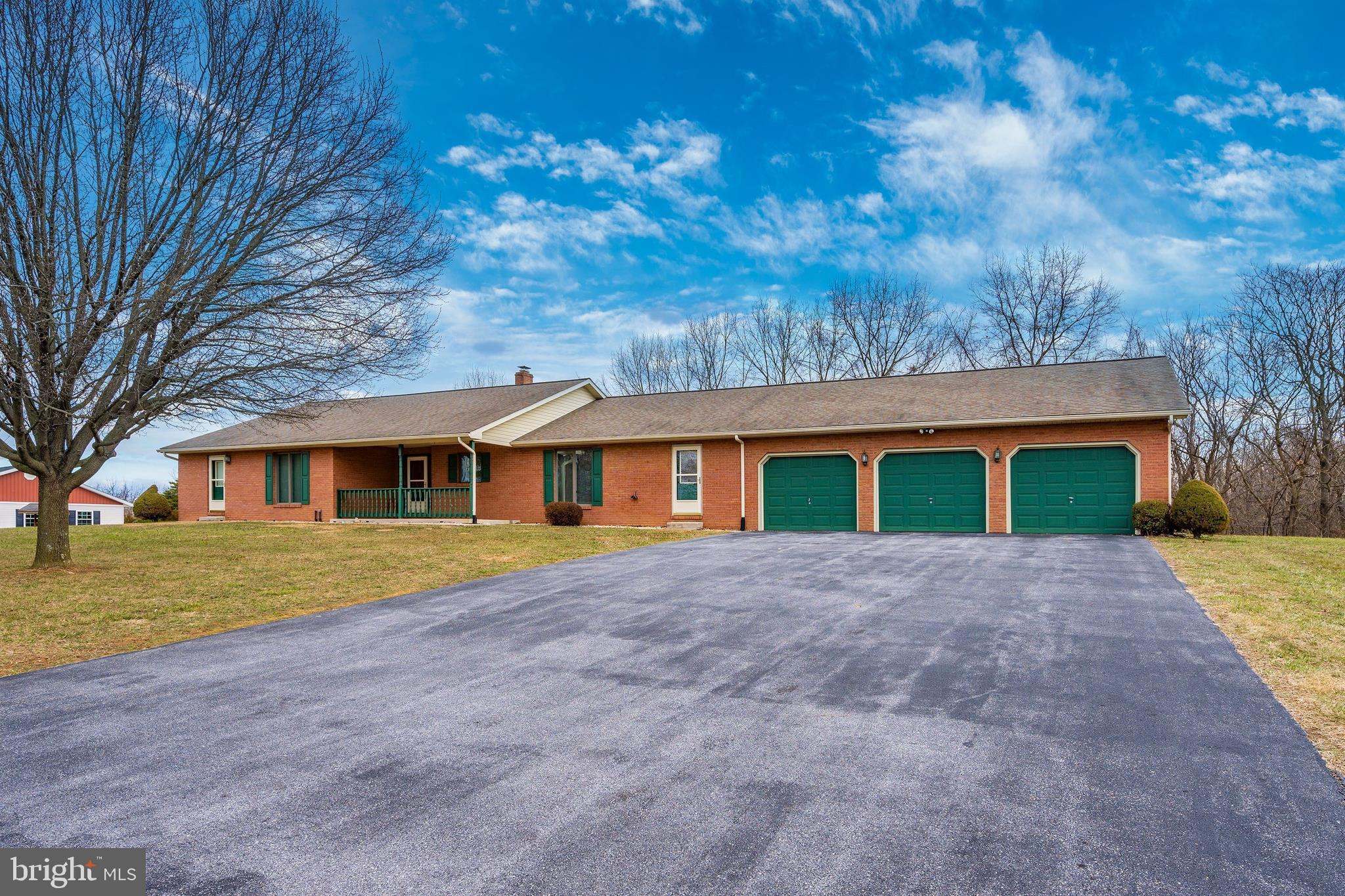 86 APPALOOSA DRIVE, FALLING WATERS, WV 25419