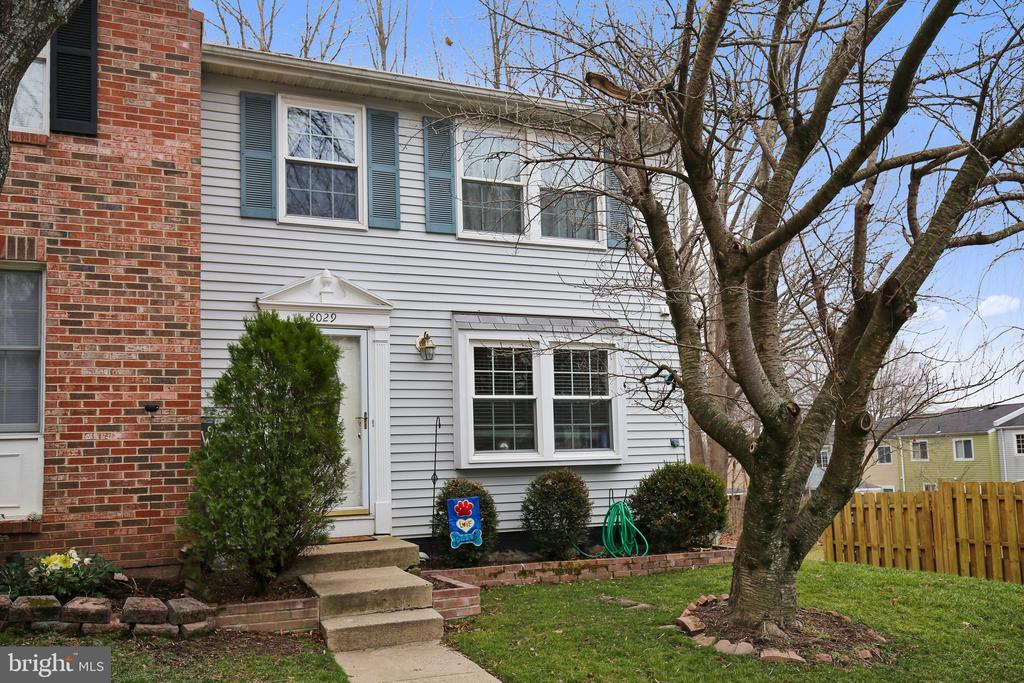 8029  STEEPLE CHASE COURT, West Springfield, Virginia