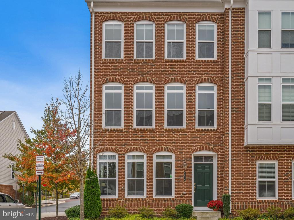 Fairfax Homes for Sale -  Central Vacuum,  9614  STOCKWELL LANE