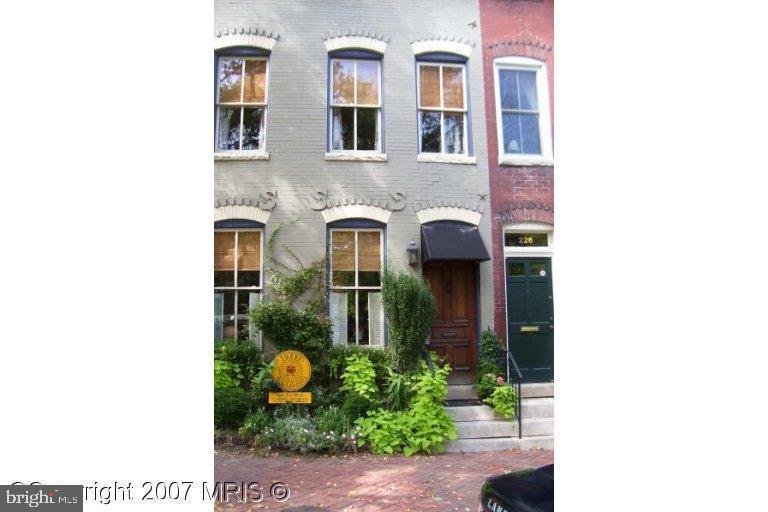 Photo of 224 N Columbus St