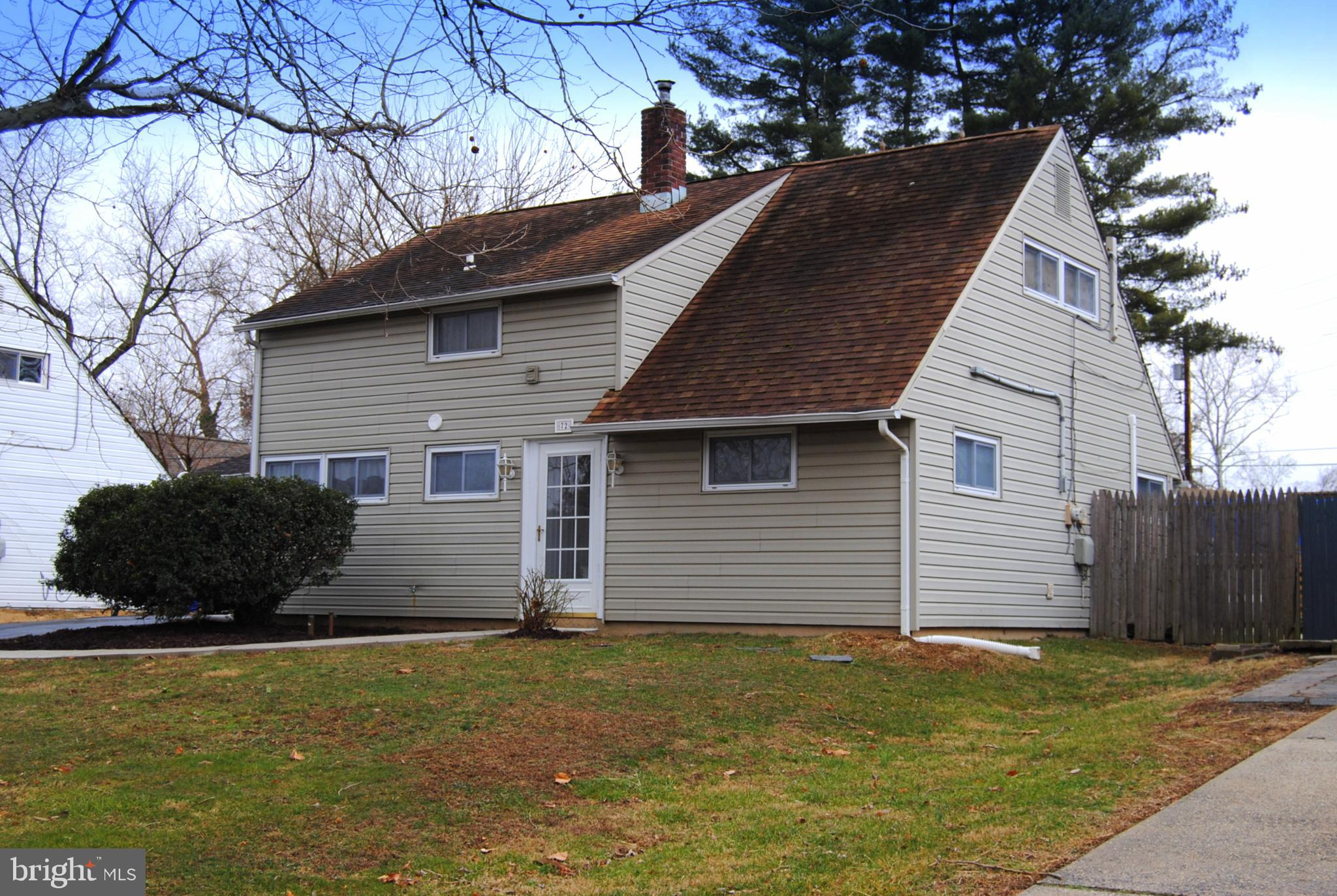 72 IVY HILL ROAD, LEVITTOWN, PA 19057