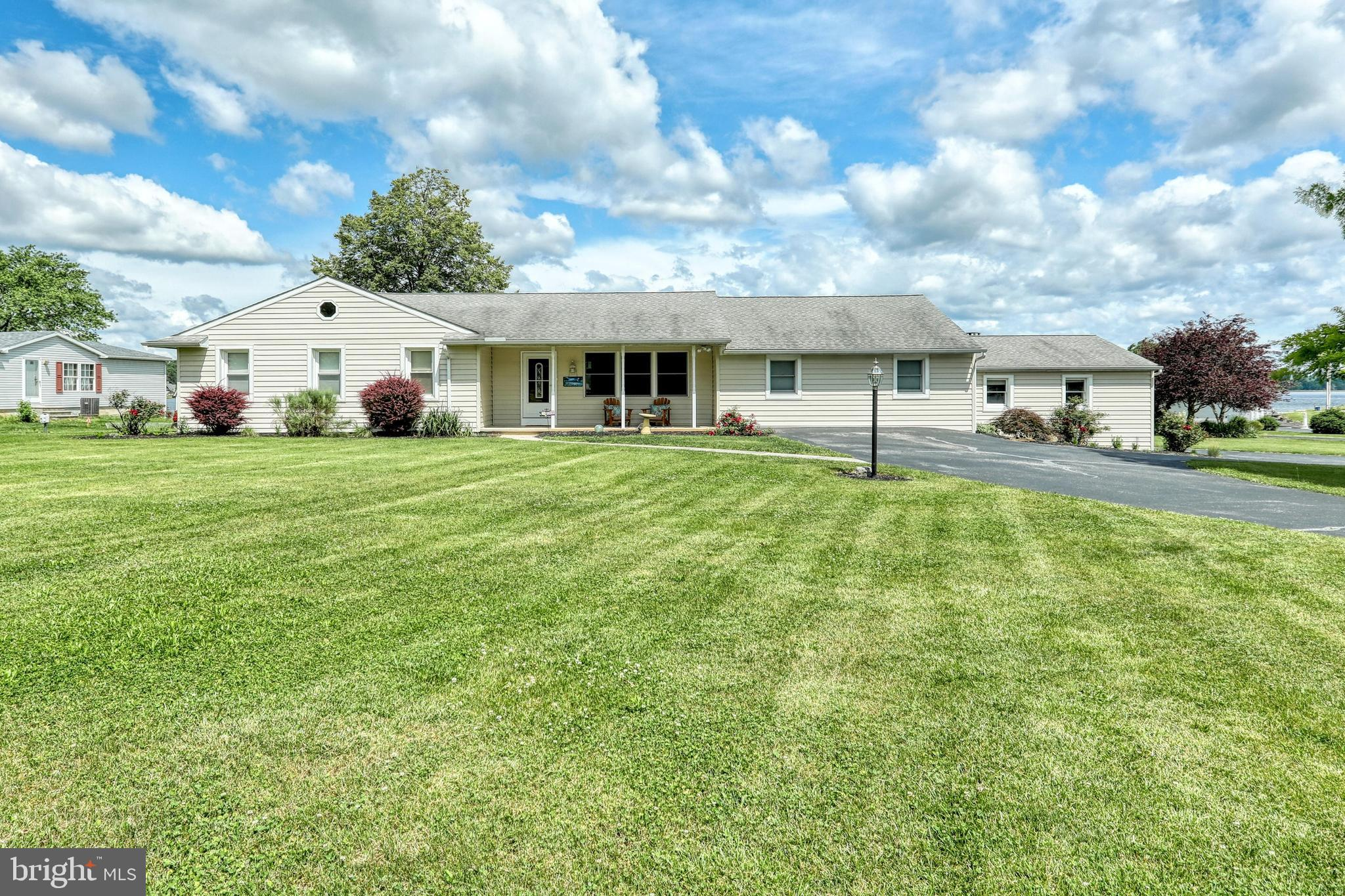 418 LAKE MEADE DRIVE, EAST BERLIN, PA 17316